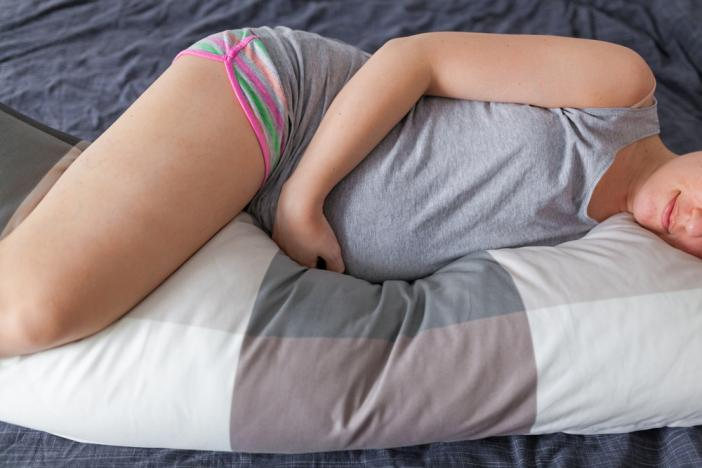 10 Of The Most Amamzing Pregnancy Pillows You Can Buy